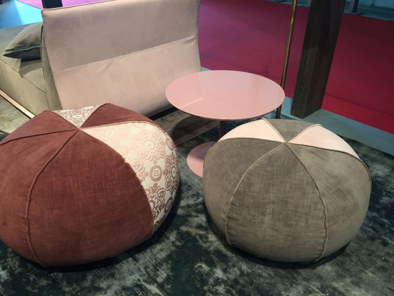 Floor pouf for extra seating
