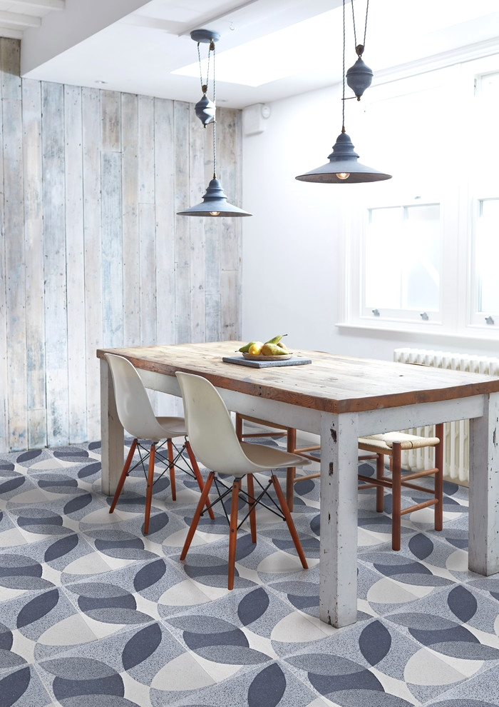 Floor tiles with a geometric pattern