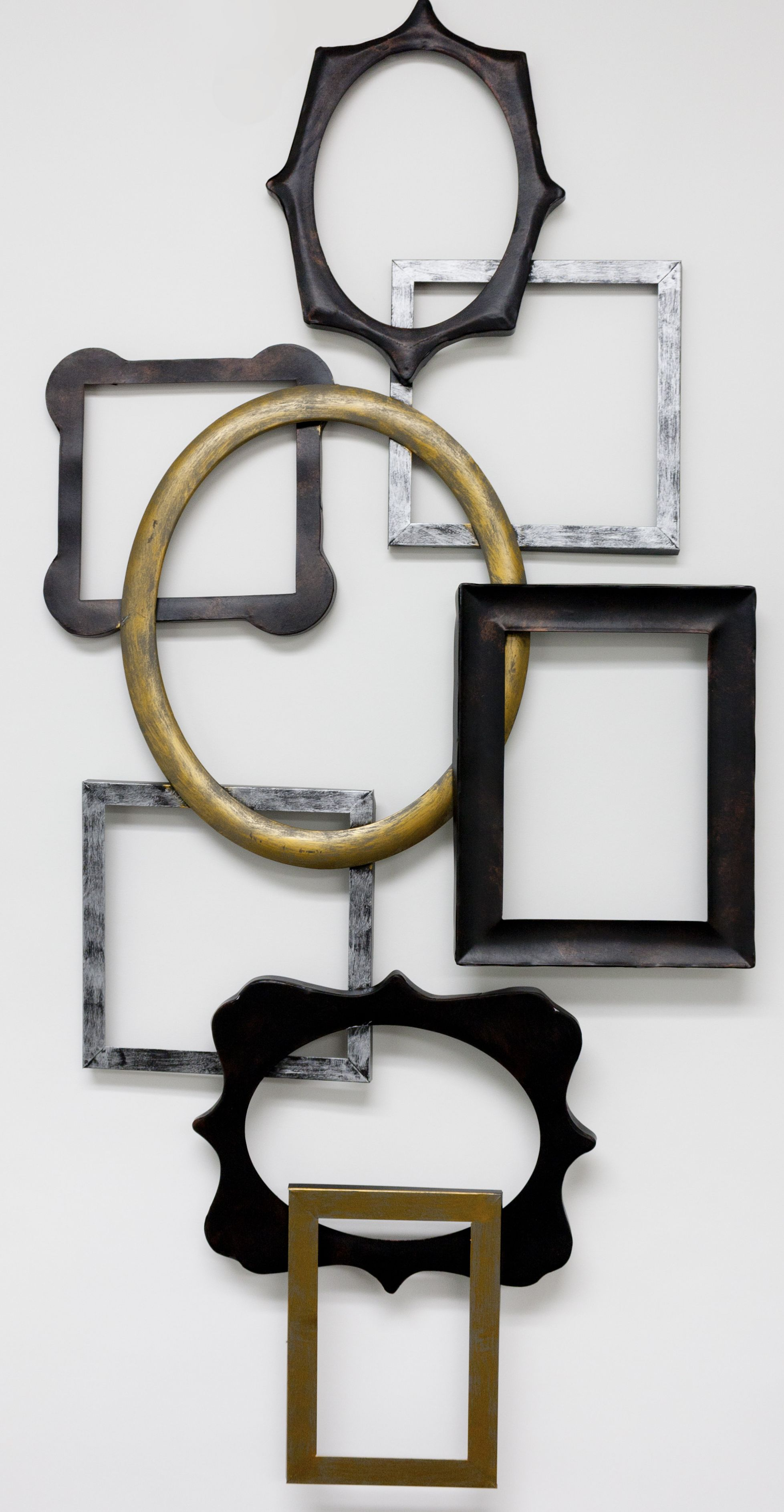 Geometric empty frames creations
