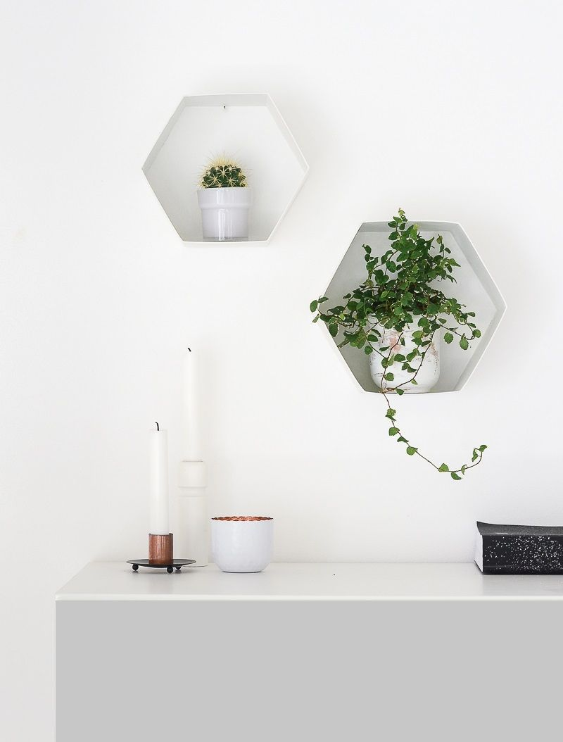 quick and easy diy hexagon wall shelves for plants. Black Bedroom Furniture Sets. Home Design Ideas