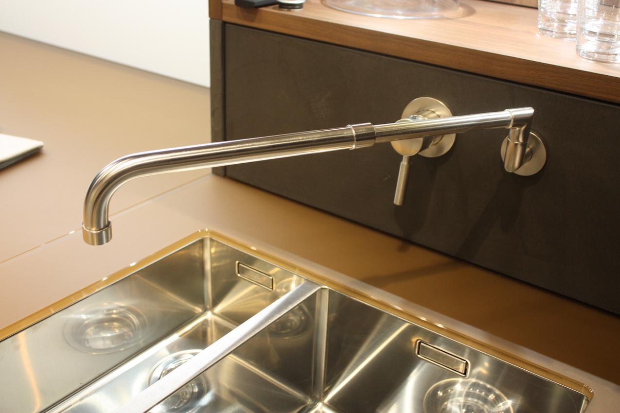 Leicht extendable faucet