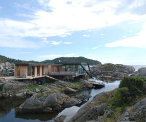 ... Natural World · House On Stilts Embraces The Rocky Norwegian Landscape Amazing Design