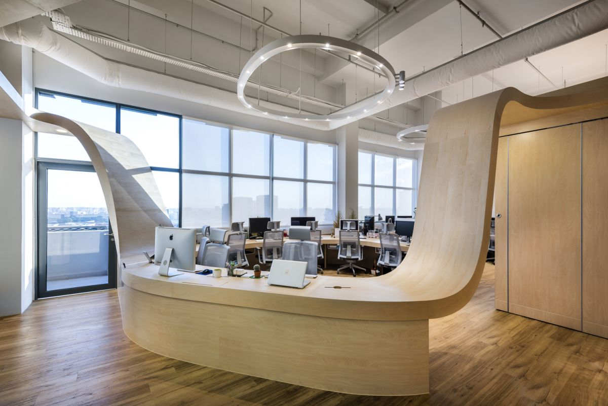creative office design ideas. little red ants office desk bends up creative design ideas