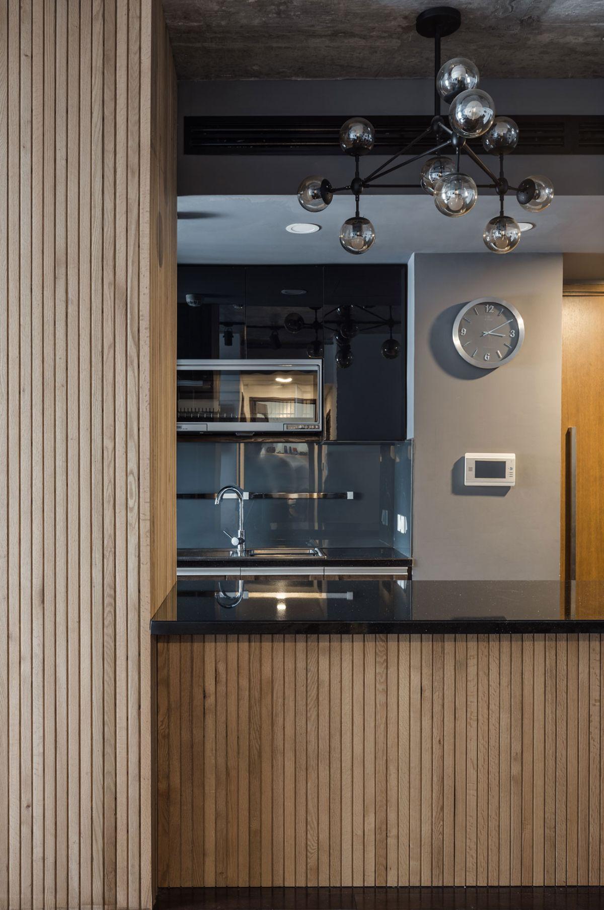 ML Apartment kitchen