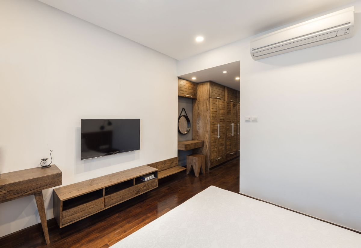 ML Apartment master bedroom