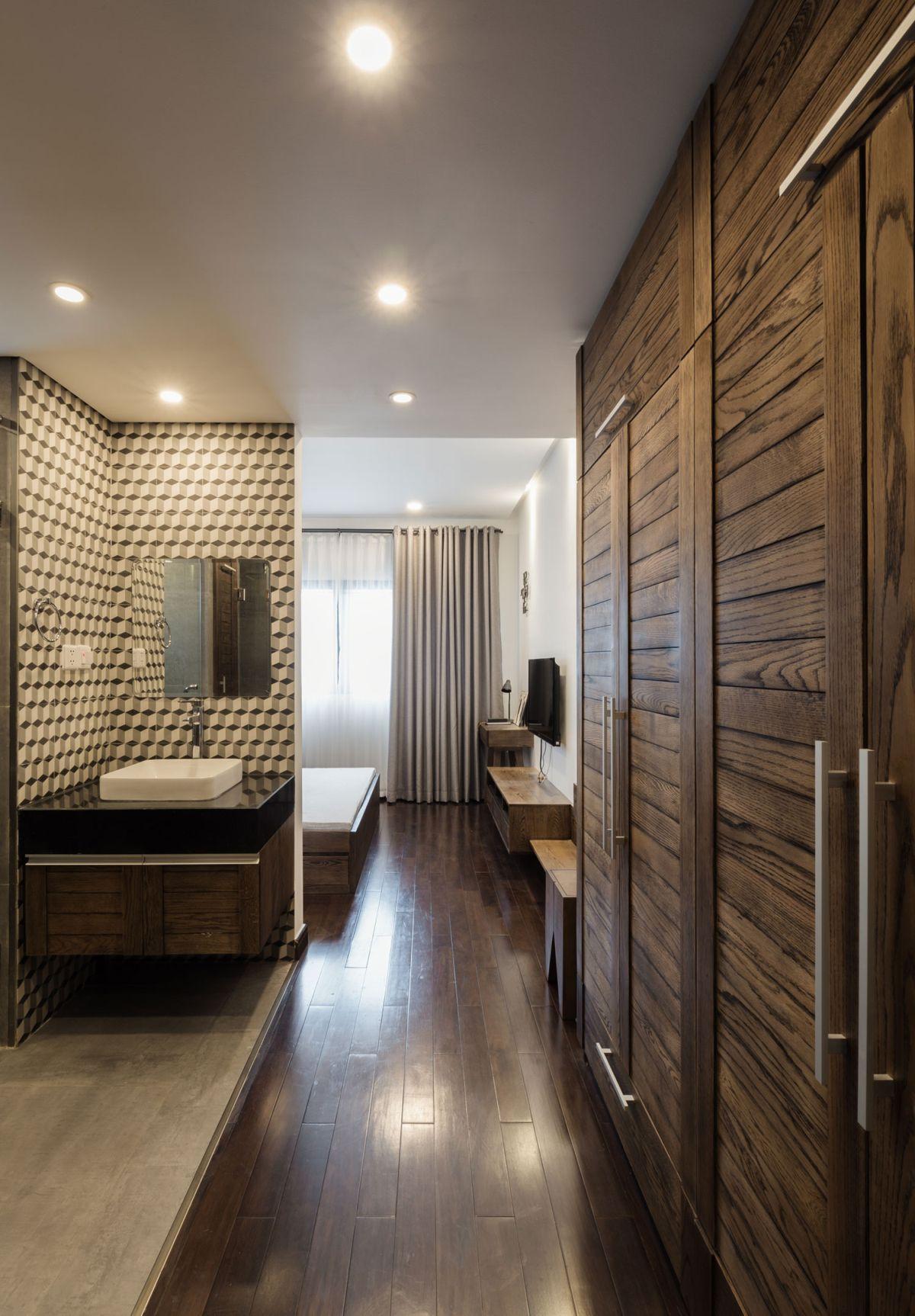 ML Apartment master suite
