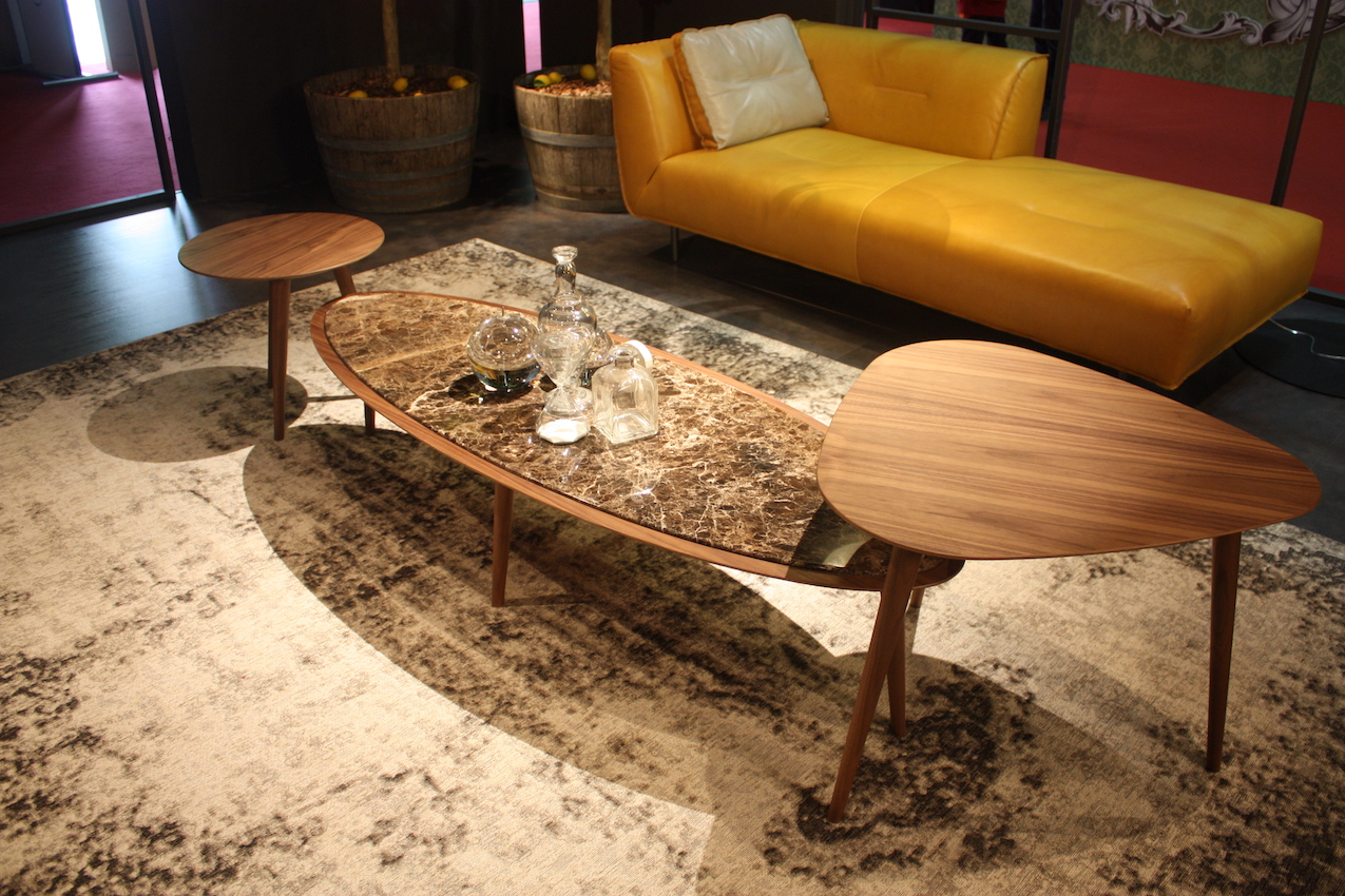 Max Divan coffee table set