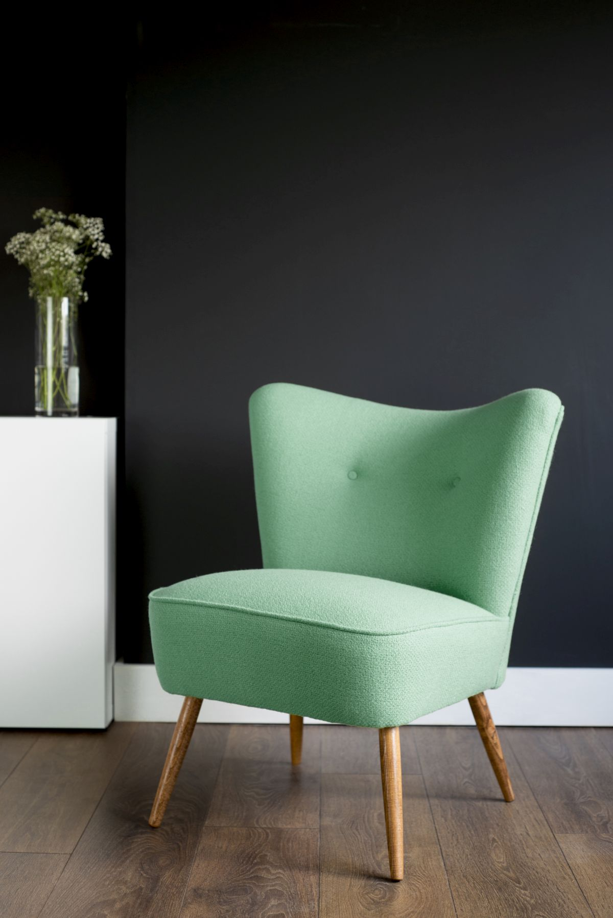 Mint armchair design