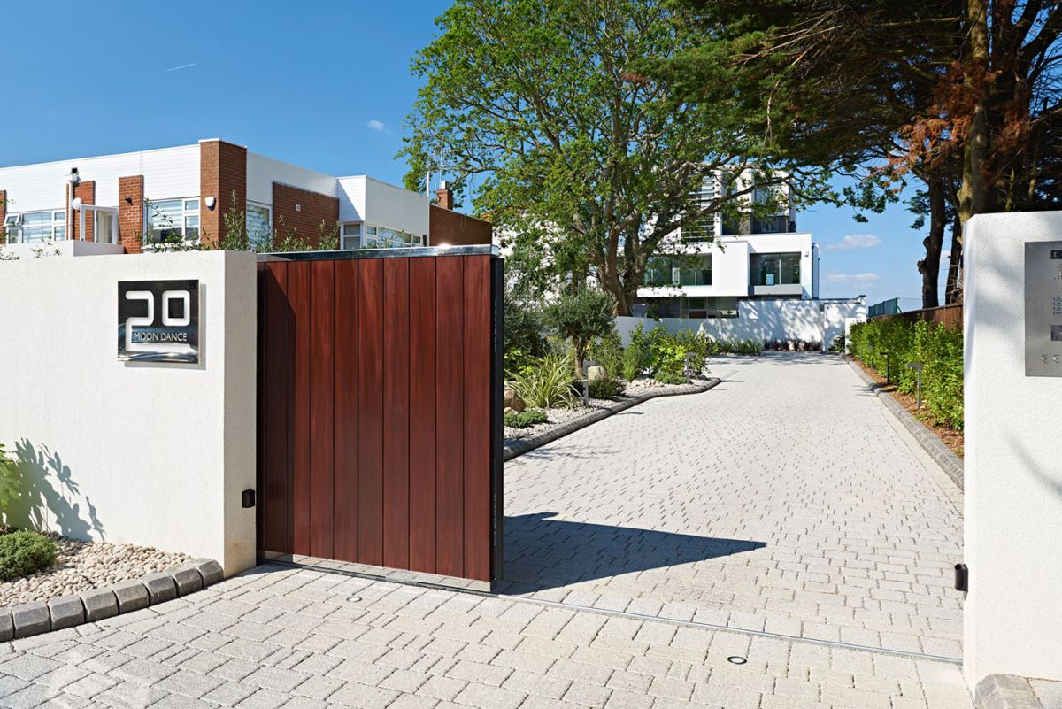 Moondance apartment block entrance gate