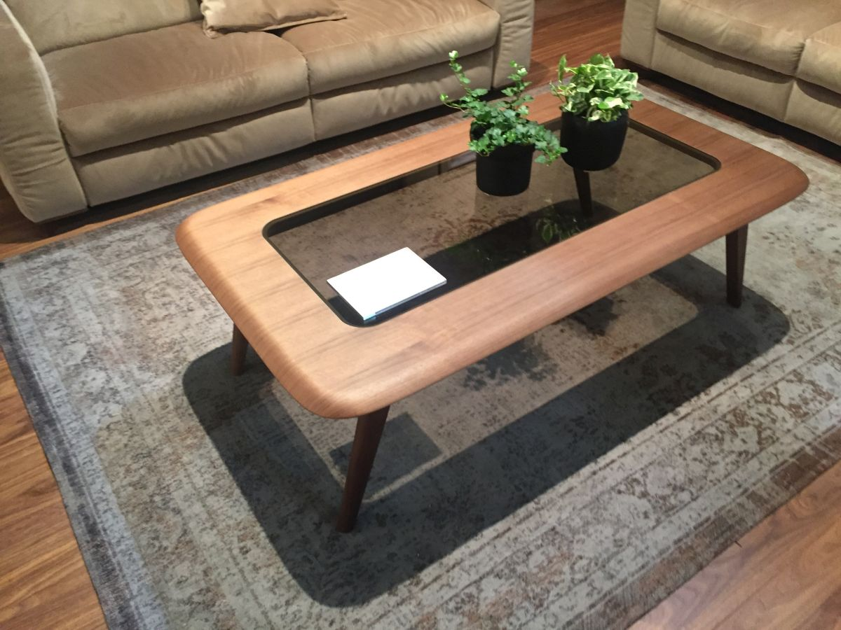 Natuzzi coffee table design with glass on top