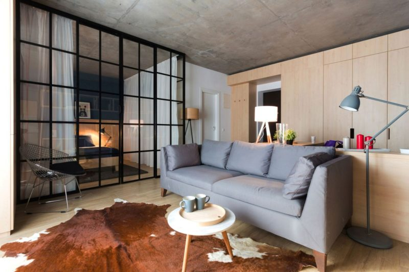 Small Apartment In Bucharest Defined By Flexibility And Comfort