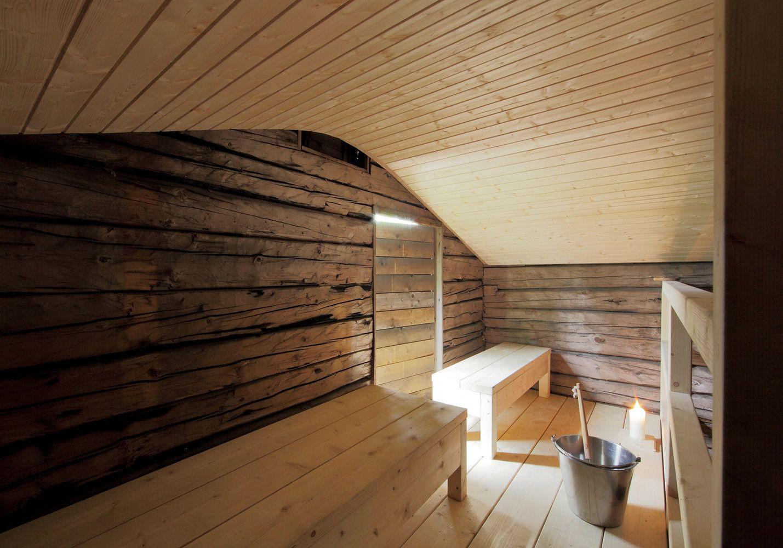 Sauna Tonttu reclaimed wood sauna