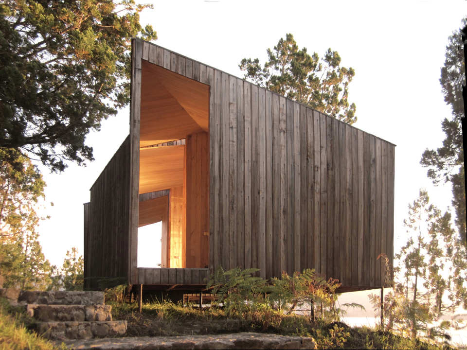 Sauna in Ranco by Panorama Arquitectos Exterior