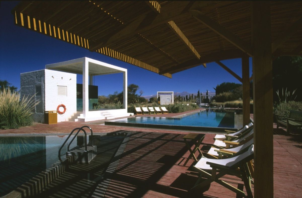 Saunas and Pools in Atacama from Germán del Sol Covering