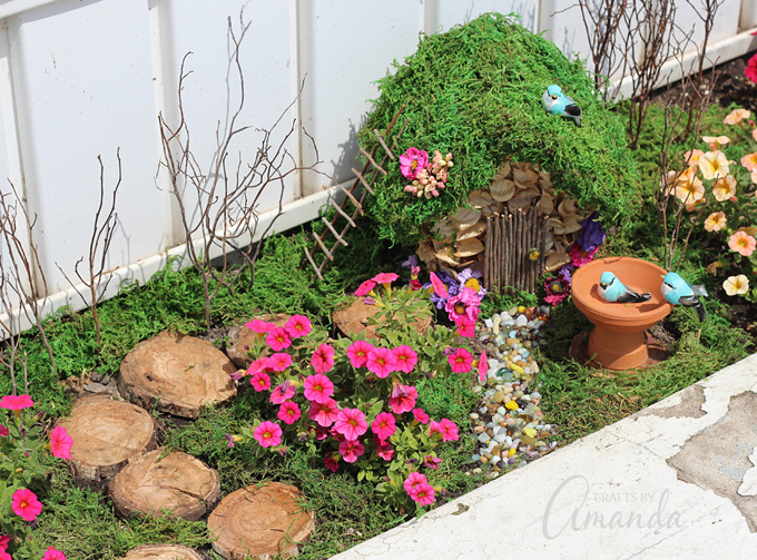 Seasonal fairy garden