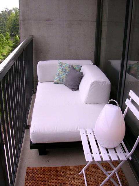 Small balcony bed