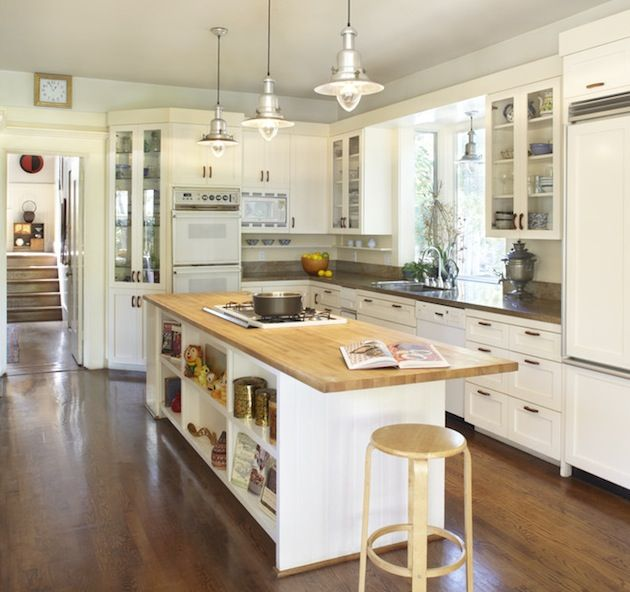 Traditional family kitchen design