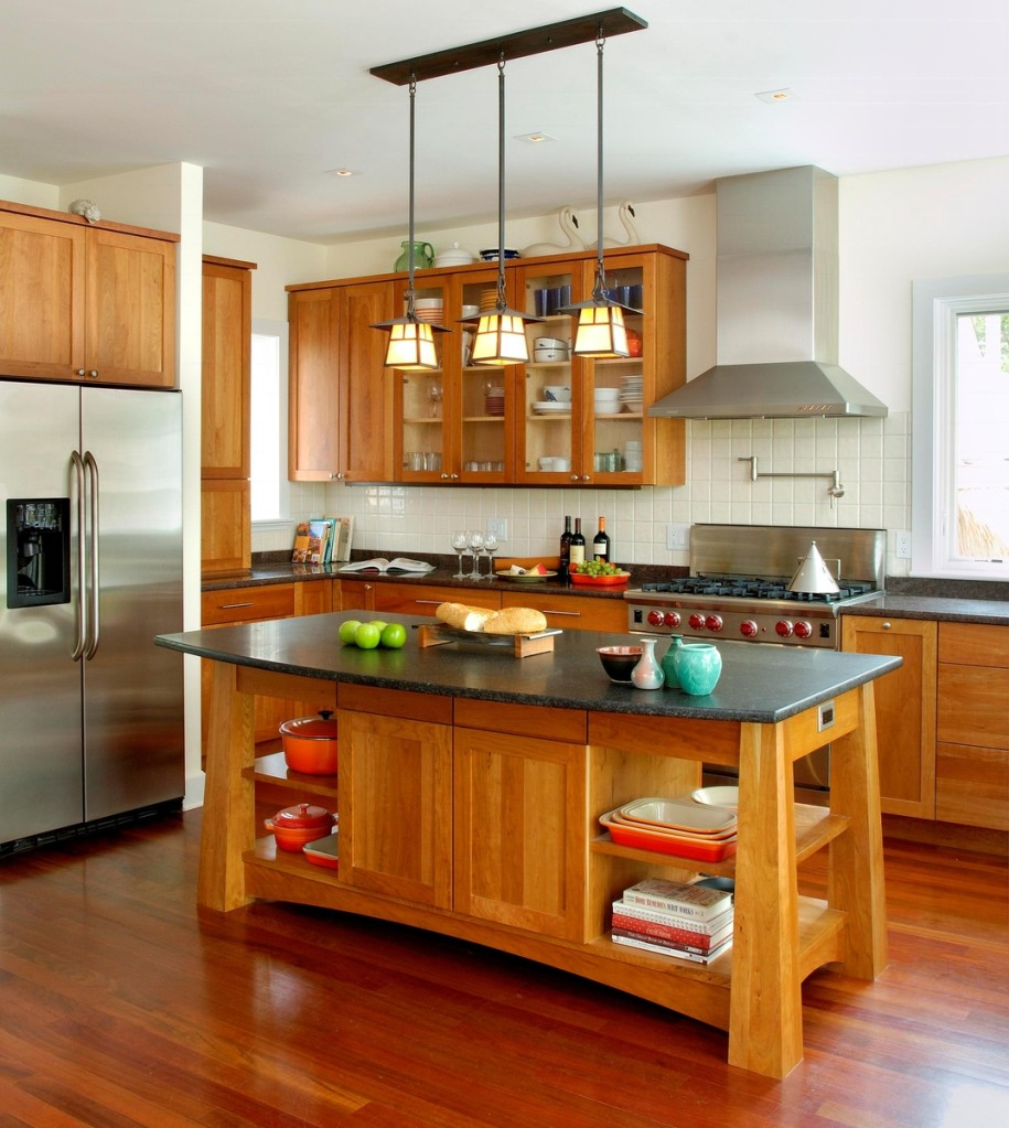 These Stylish Kitchen Island Designs Will Have You Swooning - Lighting for small kitchen island