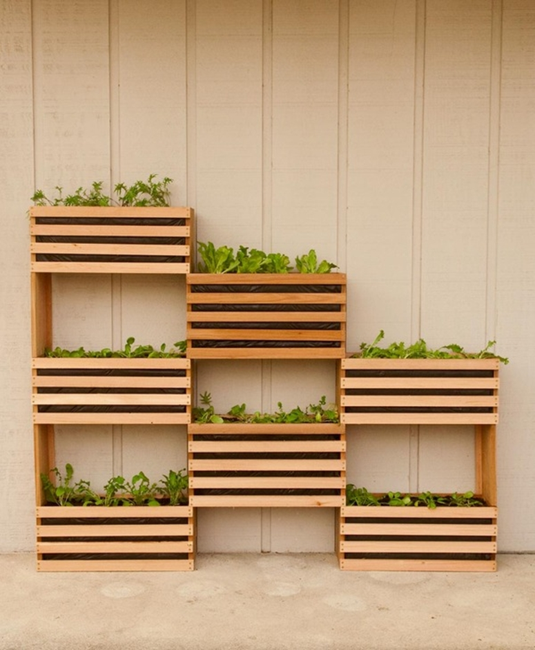 Vertical garden boxes