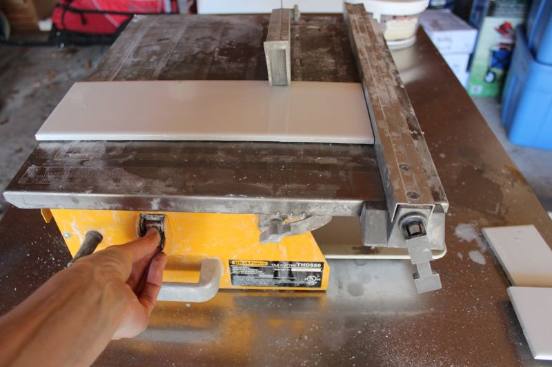 How to use a wet tile saw a beginners basic guide with your lock plate secured keyboard keysfo Gallery
