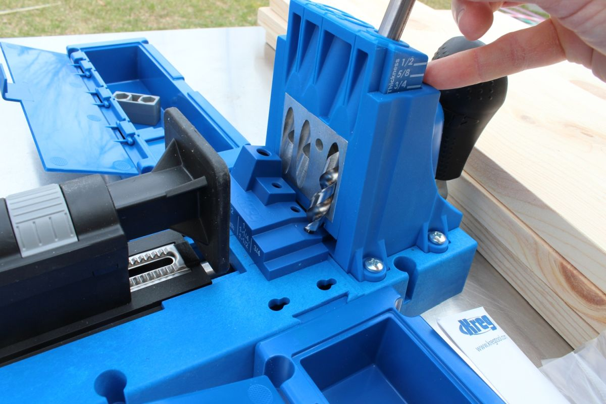 setting up your Kreg jig machine