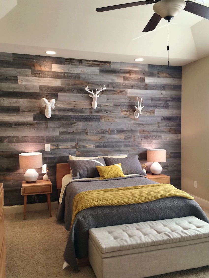 stickwood bedoom wall