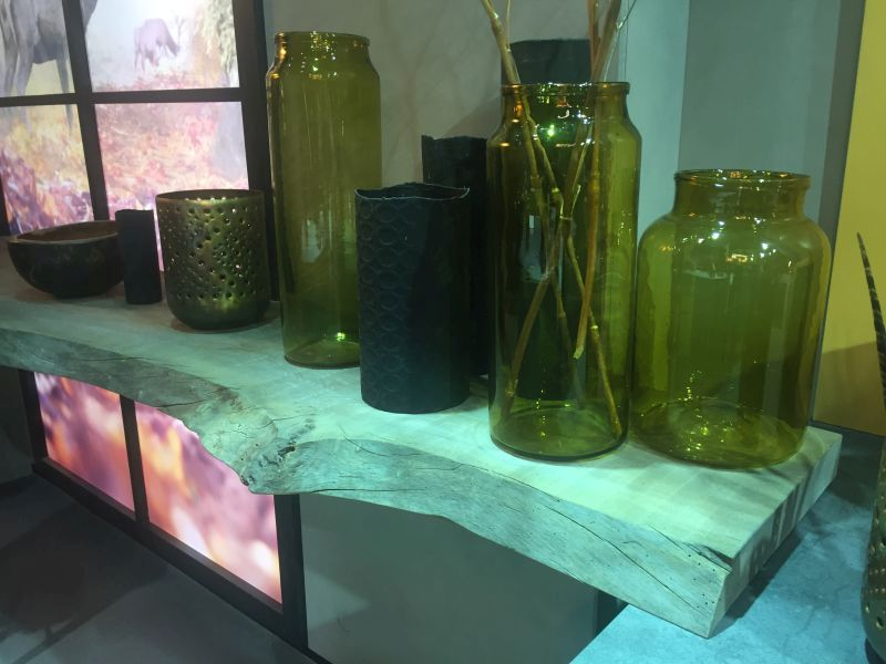 Analogous colors glass vases