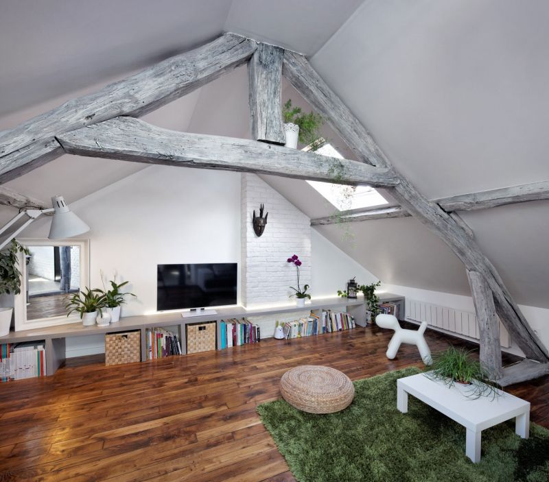 Attic Apartment: Attic Apartment Blends French Beauty And Rustic Charm
