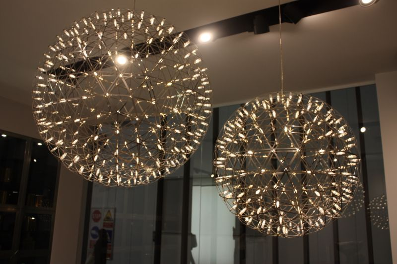 Here's a closer look at these spectacular lighting fixtures, with hundred of little lights.