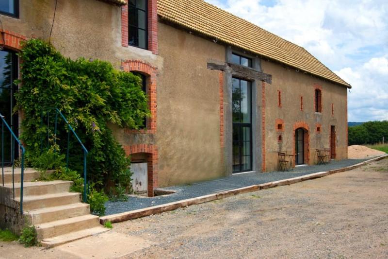 Barn Conversion in Burgundy