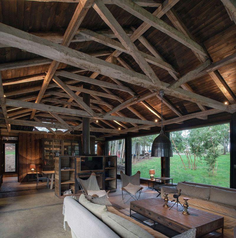Barn House at Lake Ranco Living