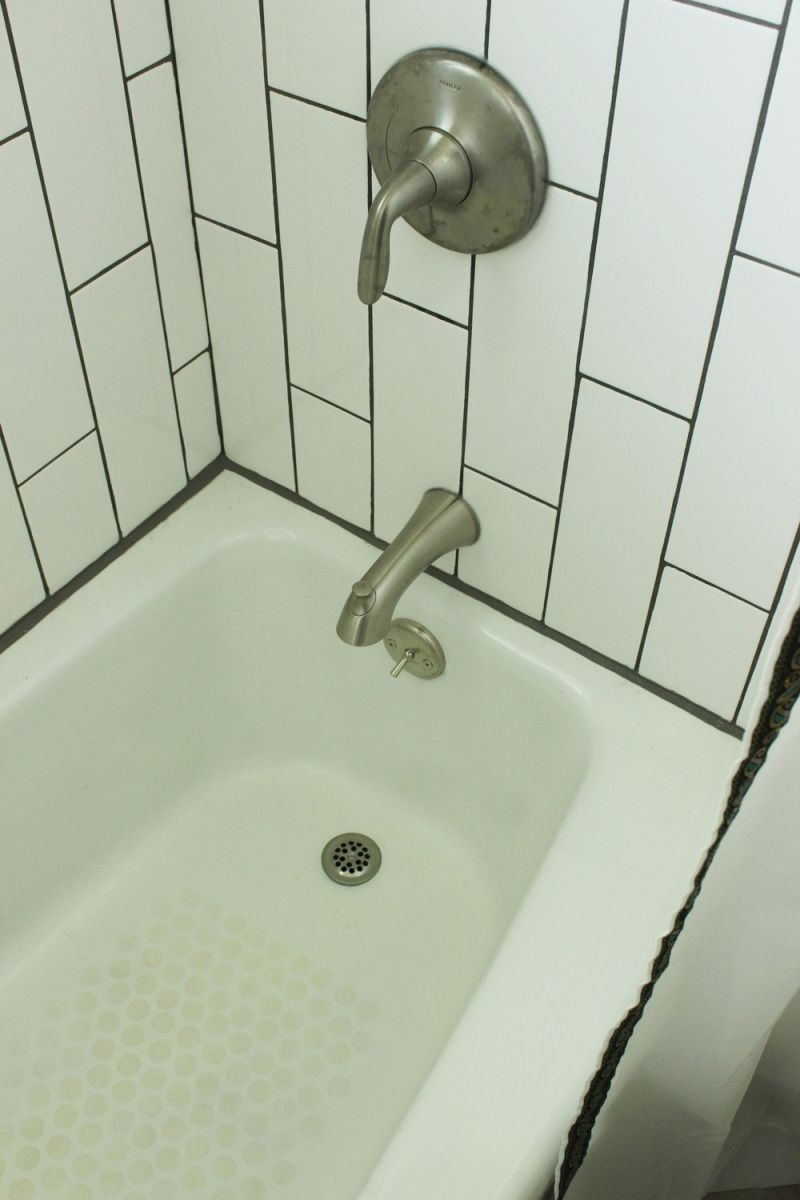 Bathroom bathub faucet fixture