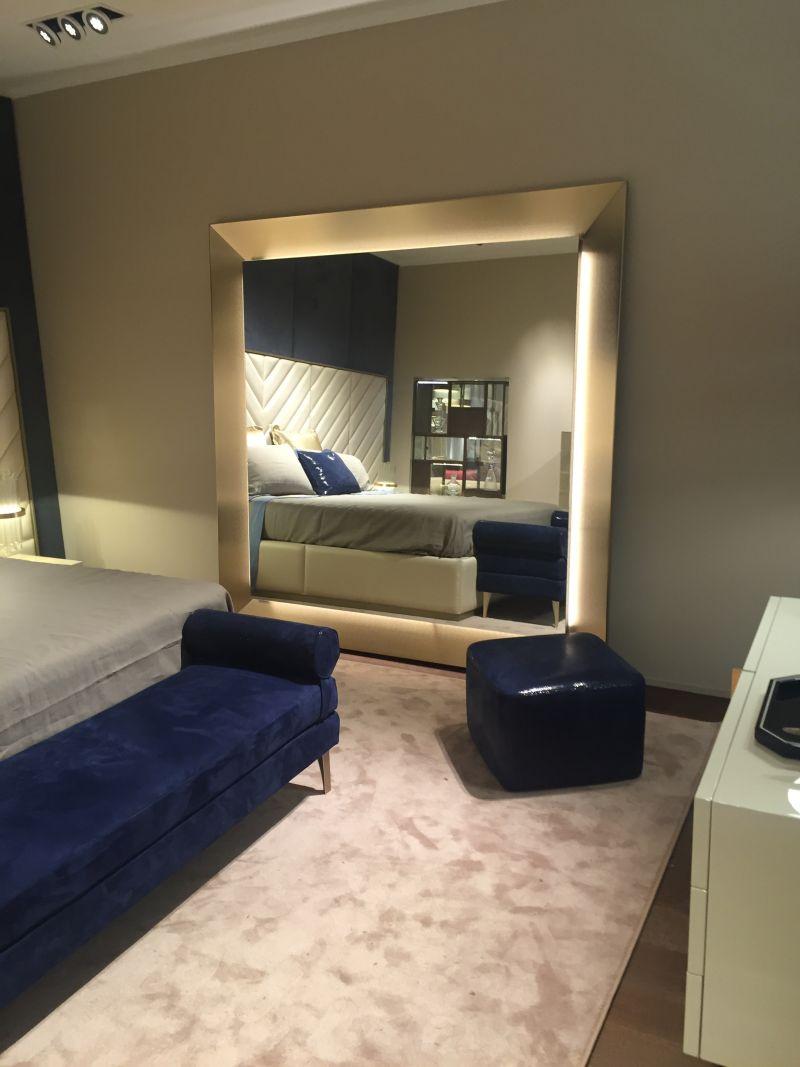 Bedroom floor unit design