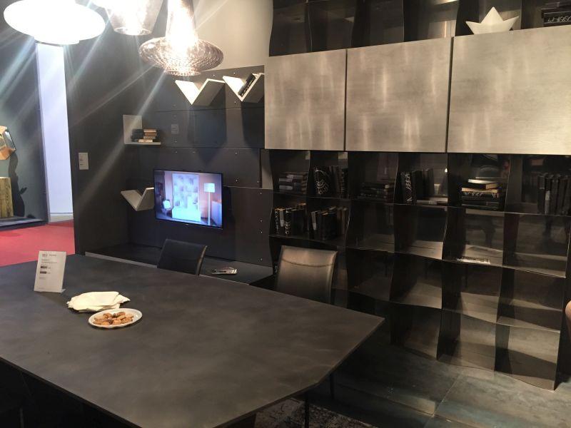Black dining-living room design