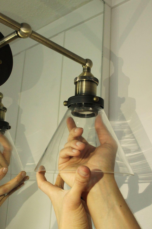 Brass bathroom miror light