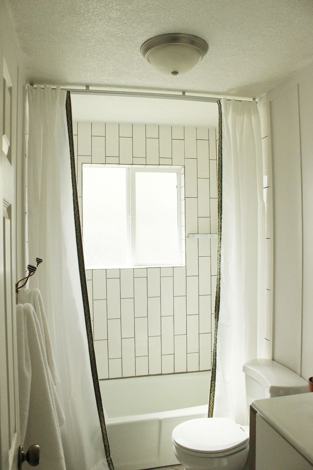 Delicieux Ceiling Mount Shower Curtain Install