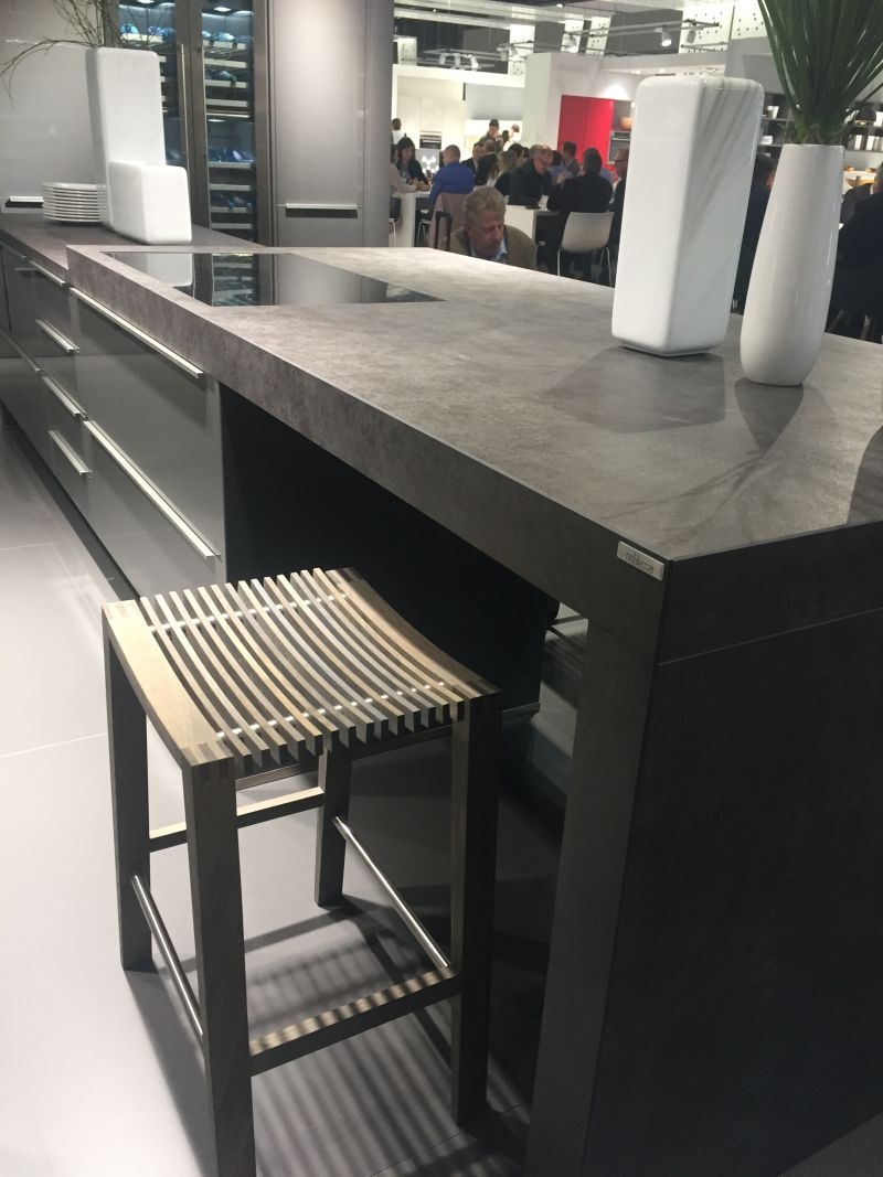 Composit kitchen island in dark color