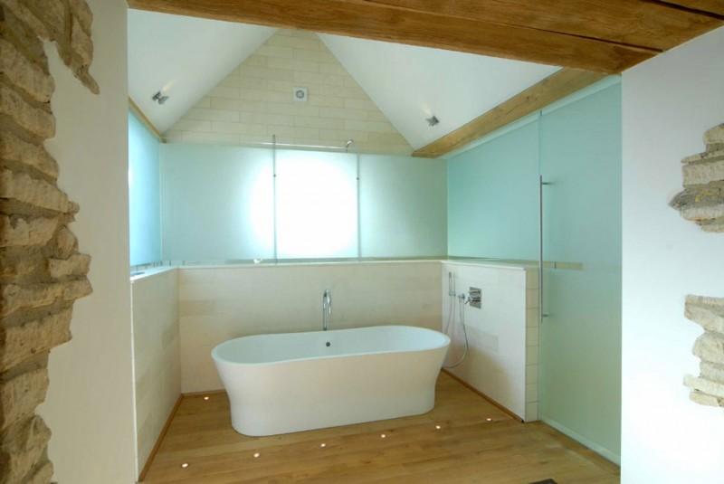 Cotswolds Barn Bathroom