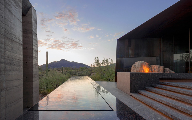 Desert Courtyard House pool