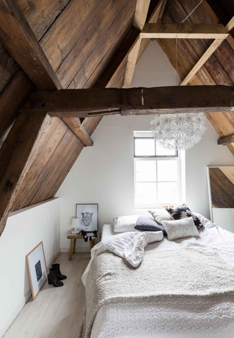 Exposed Beams For A Rustic Bedroom