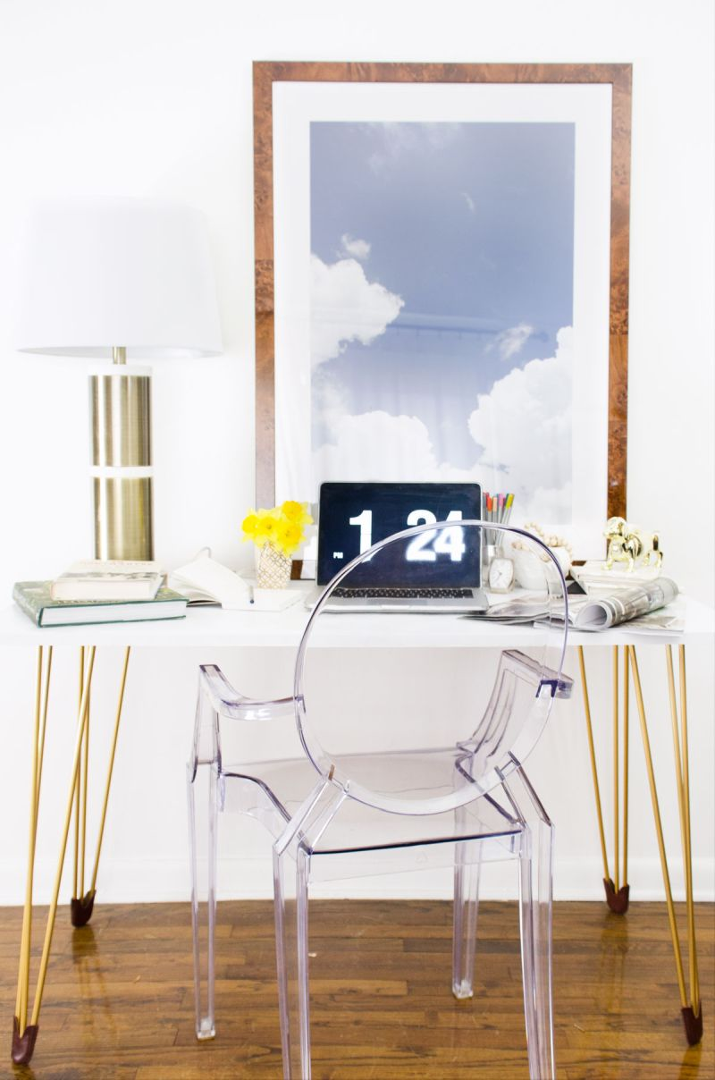 Gold hairpin table desk