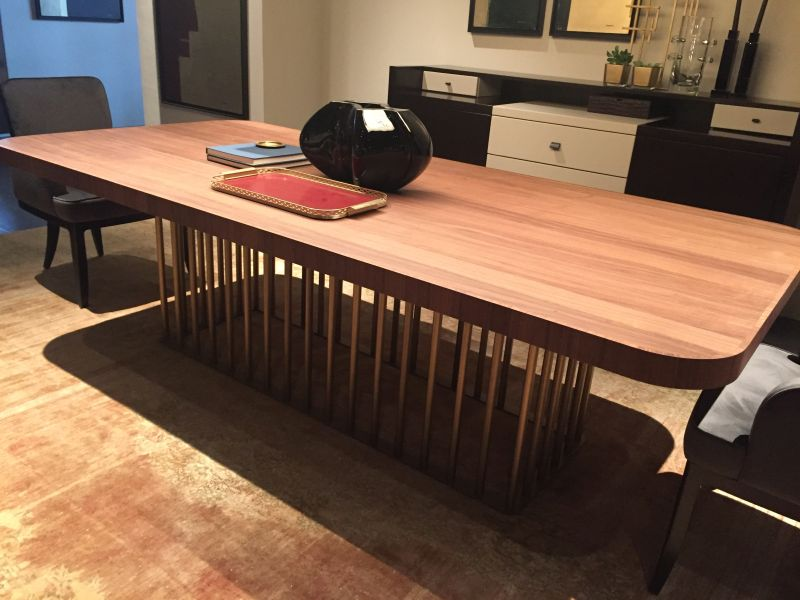 Gold wire base for dining table