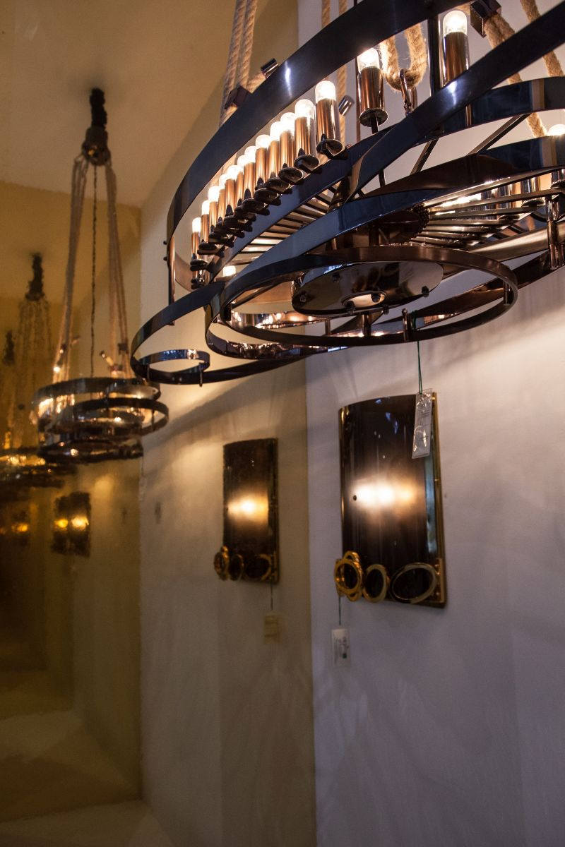 Industrial style lighting fixture