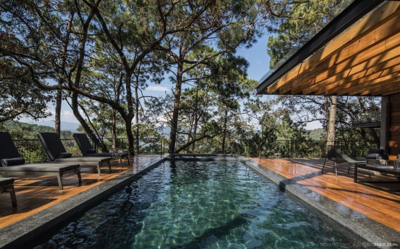 Irekua Anatani House swimming pool