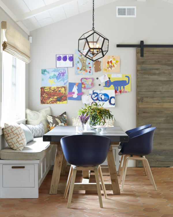 Kid friendly breakfast nook2
