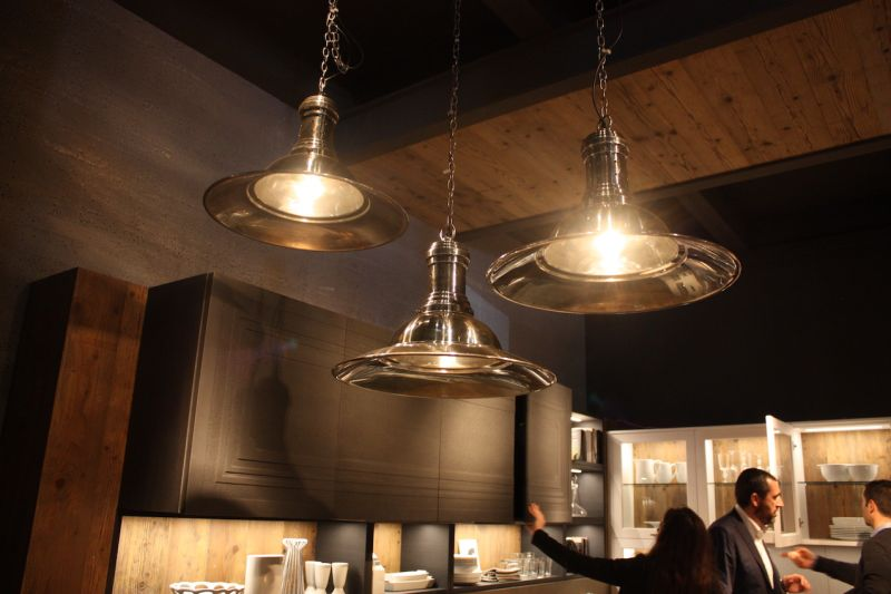 Kitchen pendant lighting fixtures with a ship light flair are versatile elements that will work with many decor styles. As the Marchi display shows, they are modern with a touch of tradition.
