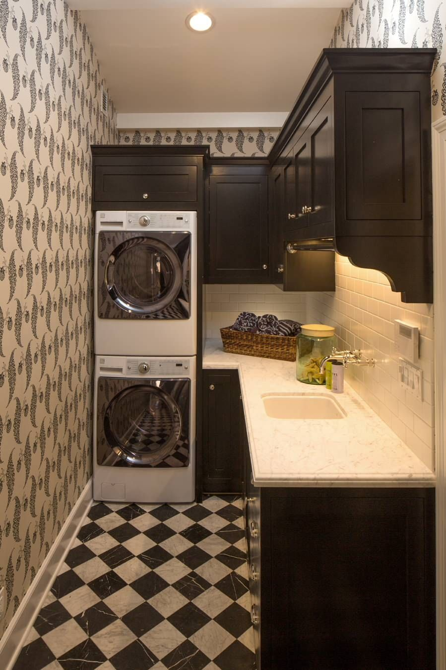 40 laundry room cabinets to make this house chore so much easier - Laundry room designs small spaces set ...