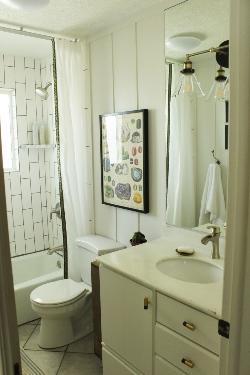 Diy bathroom makeovers step by step tutorials for Pictures of bathroom makeovers