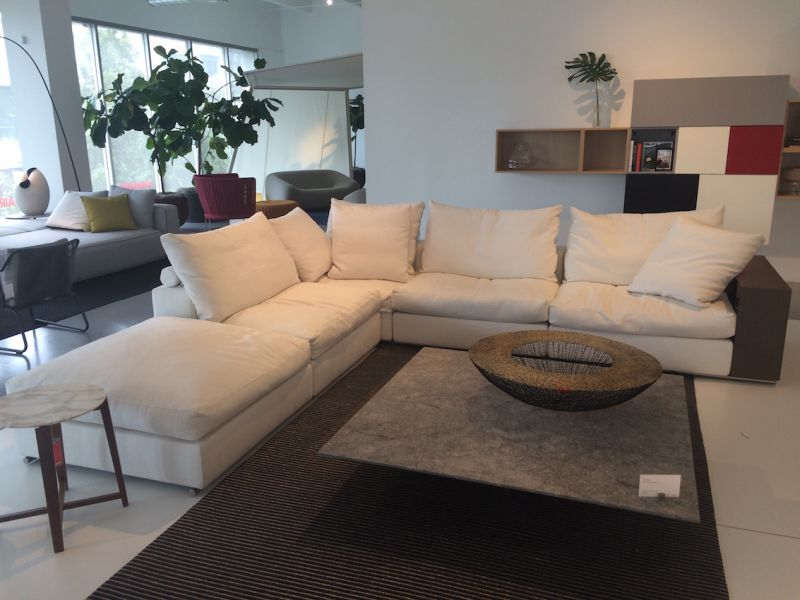 Luminaire Casual sectional - textural pattern