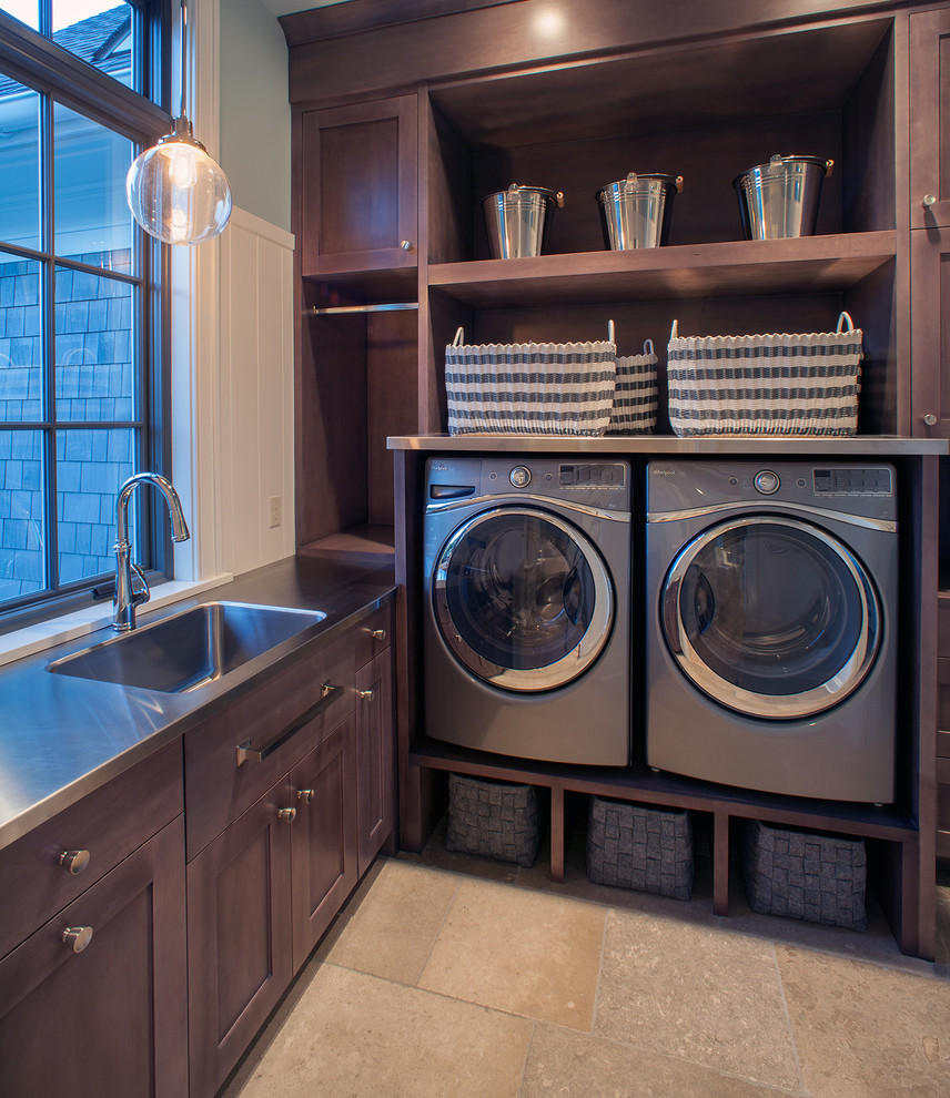 Masculine laundry room design
